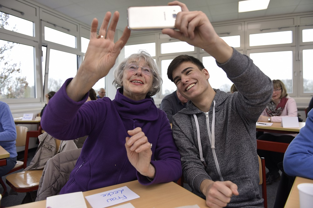 Handyfuehrerschein für Senioren Doing Good Challenge